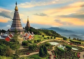 27088   2000 Bajkowe Chiang Mai   / Trefl